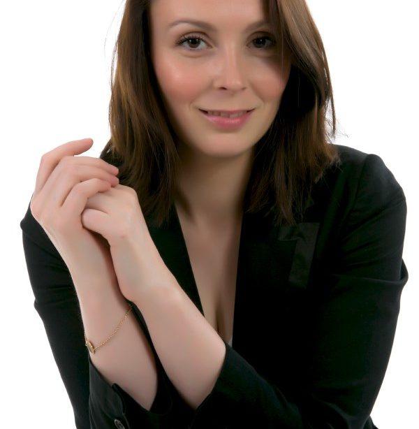 Portrait corporate d'une femme d'affaire